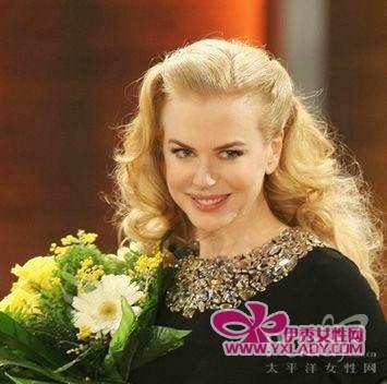 好莱坞明星老女变嫩妹发型示范-女明星
