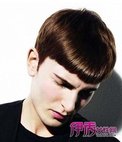 现在男生流行发型 男生流行发型 男生 发型 斜庞克发型